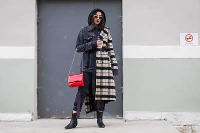 今年風衣還有更多穿法!4種雙外套穿搭法,時尚更有層次~~ 「騎士外套」外搭霸氣十足