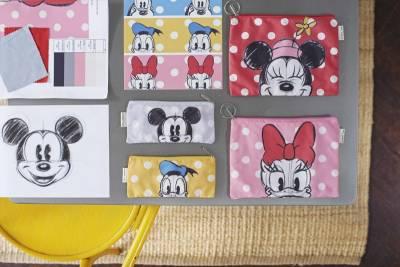 這次不只米奇米妮 連唐老鴨 黛西 高飛與布魯托都加入!Cath Kidston x Disney最讓女孩心動的聯名系列限量登場