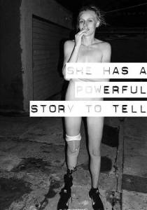 因一根衛生棉截掉一條腿,她「單挑」世界重新定義時尚