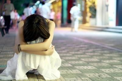 這輩子,我只要你快樂,不要哀傷。女友因母親是妓女的謠言而墮落,男人卻無法阻止…最後…