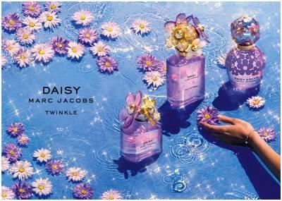洗完澡後噴香水最適合!六個小技巧,讓妳的香味更持久...