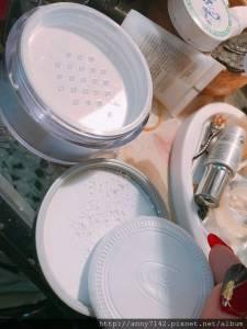[美妝]KRYOLAN歌劇魅影彩妝 控油粉久好啵棒,打亮與修容一次完成,一支扺好多支※想要跟好萊塢電影名星一樣擁有極佳控油 零油光妝感,有效持續長時間不脫妝~名模晶透蜜粉快來堆坑