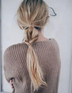 不要用橡皮圈綁髮!女生們注意了,馬尾「這樣綁」才不怕傷髮質!