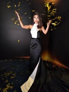 為「創作才女」曲婉婷量身訂做禮服大展完美身材曲線 她驚呼:就像公主一樣!