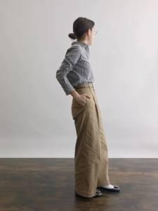 記得將上衣紮進寬褲內,日本女生教你輕鬆完成小男孩風穿搭