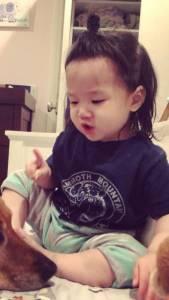 賈靜雯等明星媽媽最愛的「半丸子頭」強勢回歸,但這次長高了!