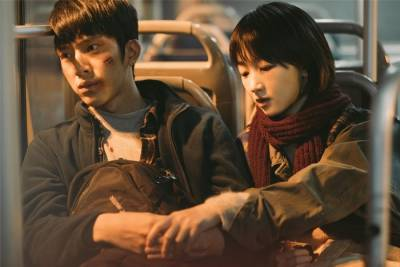 電影《後來的我們》:最初教會你愛情的,往往都不是最後和你在一起的啊。