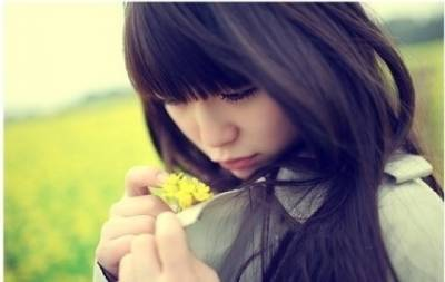 離開你,不是我愛上別人,是因為你的不在乎!