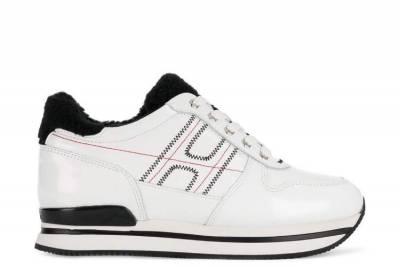 衣櫃必備素T,鞋櫃一定要有白鞋!這20款時髦「小白鞋」讓你穿搭超省事