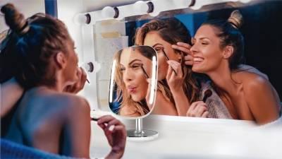 選保養品不用嚐百草!「這款」智能美妝鏡精準分析妳的完美配方