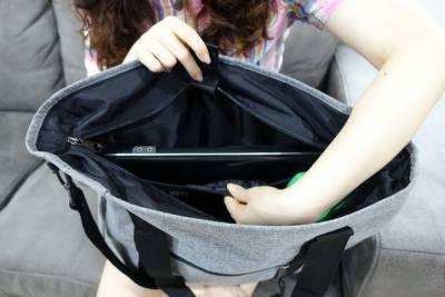 EASTPAK手提側背包,防水輕量材質潮牌包,公事包+筆電包+旅行袋+運動包+托特包,通勤 戶外活動手提肩背大容量休閒袋