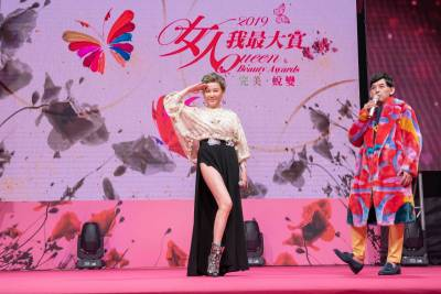 藍心湄曝17年美妝公務員心得:「我每天都很開心 」