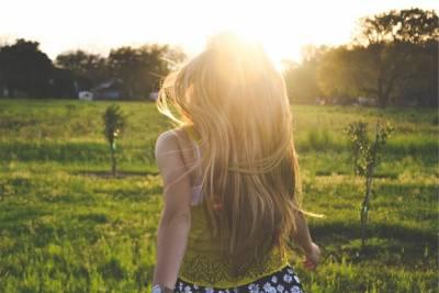 天天洗頭髮還是容易出油 有頭臭味?原來是頭皮清潔少了「這一步」 加映5款頭皮淨化產品推薦