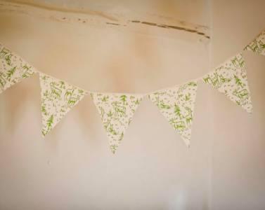 白牆掰掰!印花從牆上悄悄地滾下來了 ─ 印花油漆滾輪