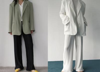 韓系「百摺」穿搭熱潮還沒跟上?細摺褲 百褶裙跟著韓妞「這樣」穿