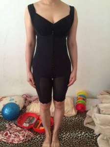 【塑身衣推薦】維娜斯塑身衣的雕塑效果,讓我產後身材恢復更有信心!