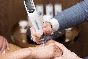 美膚新趨勢 ── 電動微針筆