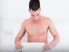 不是妳不性感,而是另一伴太愛自己來!專家破解4迷思:「自慰訓練才是完美性愛墊腳石!」