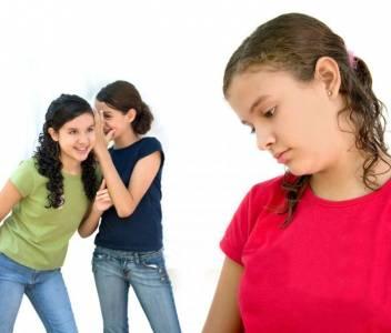 女性必看:五大NG行為,讓妳被列入見色忘友黑名單!