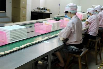 注意!使用化妝海綿的3大錯誤方式 獨家探訪永和三美人工廠