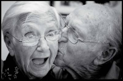 來說一件讓你相信愛情的事