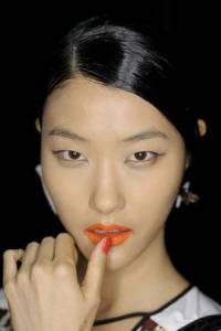 2014年必修夏妝重點--VOGUE時尚網