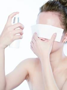 打造誘人上質膚 透光水潤感VS輕盈裸肌感創造TIP大公開│恰女生