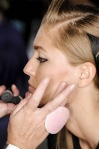 專業彩妝師怎麼挑粉底色號?