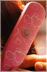 【髮妝】魅惑香水梳 隨時隨地都可以展現柔順髮質帶著宜人的魅惑香氣