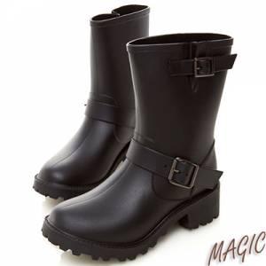 Magic☂有了雨靴 雨再大都不怕腳濕