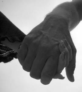 遠距離戀愛如何維持?4個方法告訴你,「自己先過好」對彼此最健康