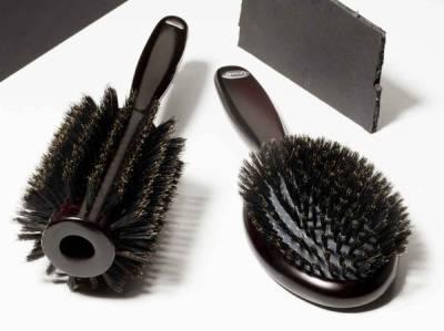梳子怎麼挑? 5款專業造型梳的使用方法