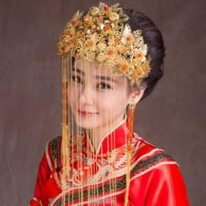美美的各式中國鳳冠~~古典與藝術的結合!好想戴看看呀~~