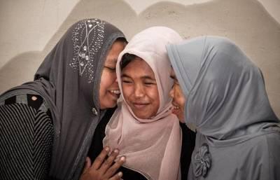 10年了!!印尼少女遭海嘯沖走奇蹟再會家人!!好感人QMQ