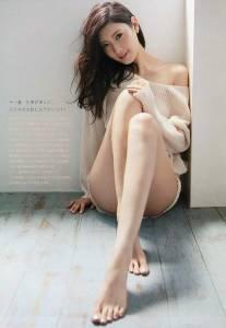 絲襪或裸腿大對決 男性調查竟有七成喜歡......