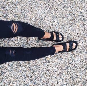 勃肯涼鞋回歸!五種穿搭技巧變身時尚咖