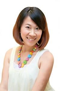 直擊 品牌公關的化妝包奧秘│with與妳時尚國際中文版