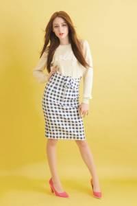 Check Fashion In Spring 粉嫩+透明格紋風潮即將大勢回歸 │恰女生