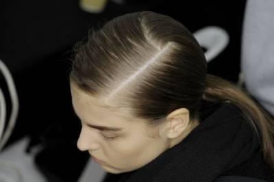 大驚!不常換髮線=頭髮越稀疏