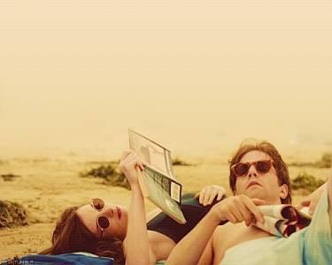 「難道你不介意我的過去嗎?」這就是愛情,希望你不要介意!