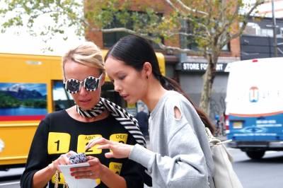 直擊「紐約時裝週」 跟名人們體驗秀場實境