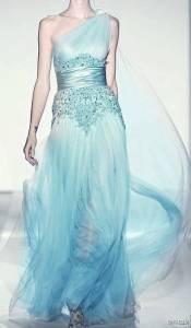 「冰雪奇緣」禮服成真!!每一套都美得讓人驚呆!