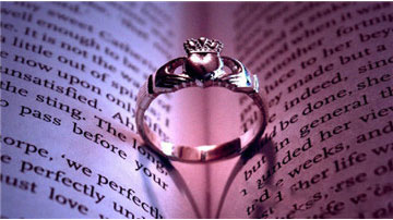 女人這輩子最大的幸福就是找到一個寵你的男人,而不是和你計較的男人