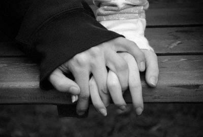 最寶貴的東西不是你擁有的物質,而是陪伴在你身邊的人