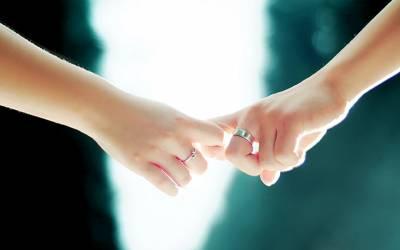 牽手比做愛更重要!