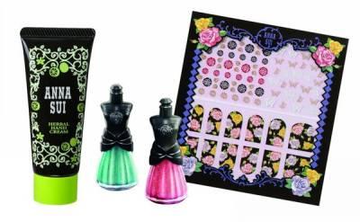 【彩妝】ANNA SUI 2014聖誕甜點系列 魔法糖果屋限定組~旅行妝容全靠它