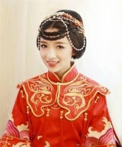 中式婚禮之新娘髮型,端莊典雅,超級美!妳最喜歡哪一種?