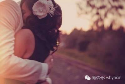 一個用嘴巴說愛你,和真心愛你的人的區別! 女人必看!)