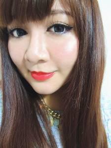 【彩妝】YADAH自然雅達 迷漾潤彩蜜唇膏 天使光蜜唇露~女孩必備玩美唇色!