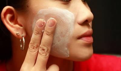 我每天用這種天然的方法來保養臉部,雀斑就不見了!歡迎分享出去